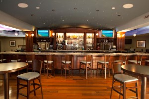 Hilton WPB Airport Bar IMG 2
